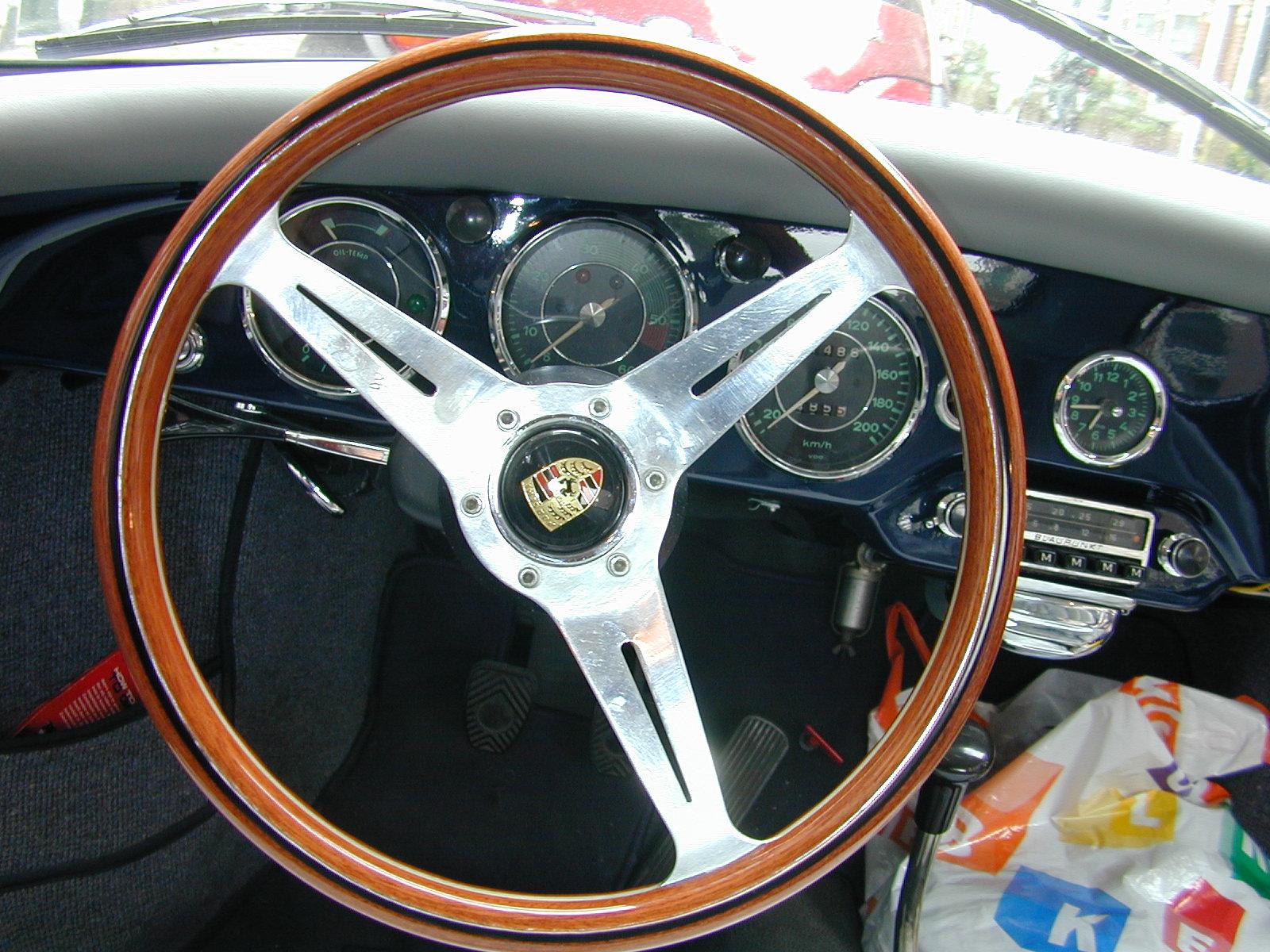 steer steering ferrari dashboard interiors car vehicles land antique gauges circle