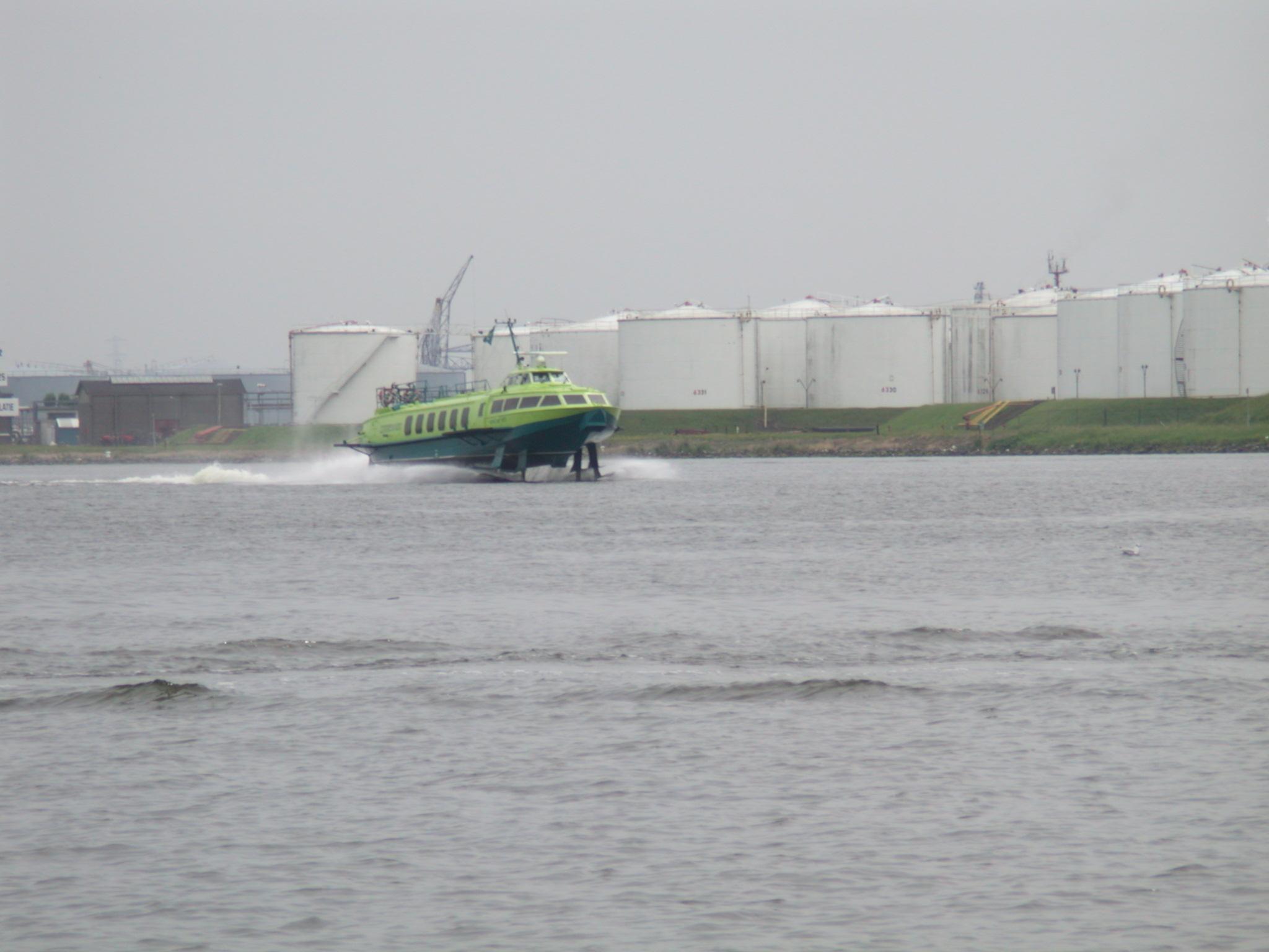 vehicles water transport publictransport public water waterscape highspeed boat russian connexxion