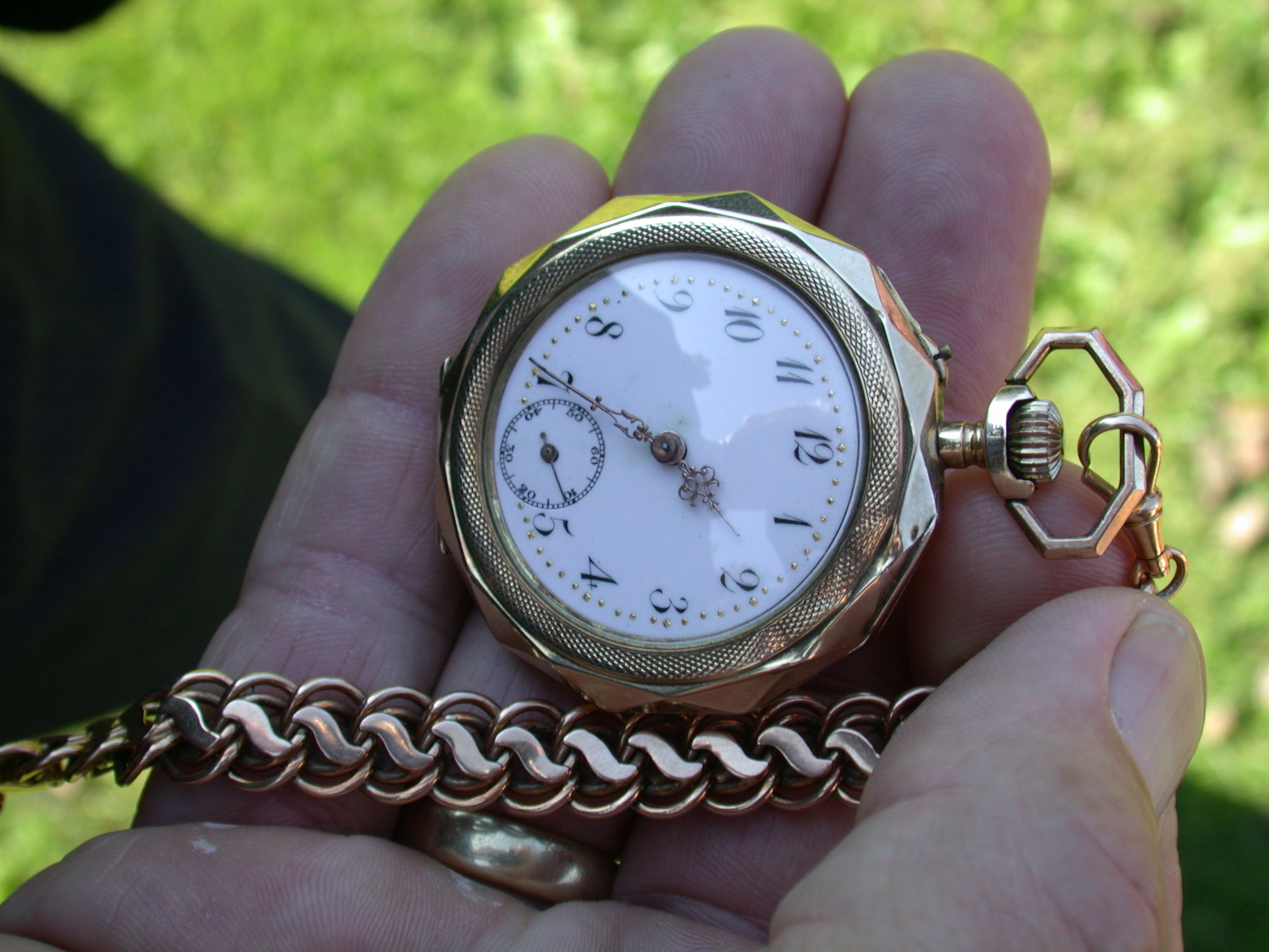 objects clock watch pocketwatch antique time timer copper gold hand chain typography numbers