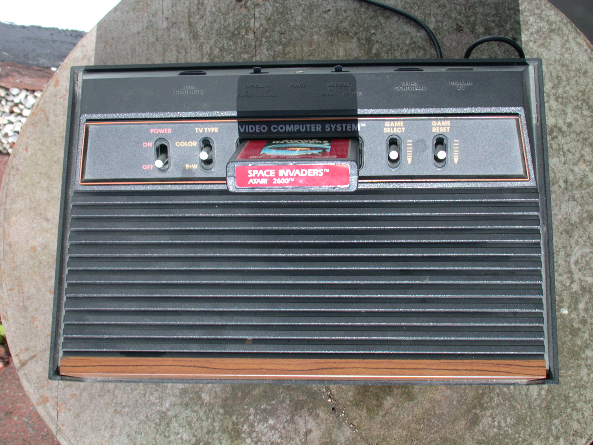 atari console computer game cardrige black plastic