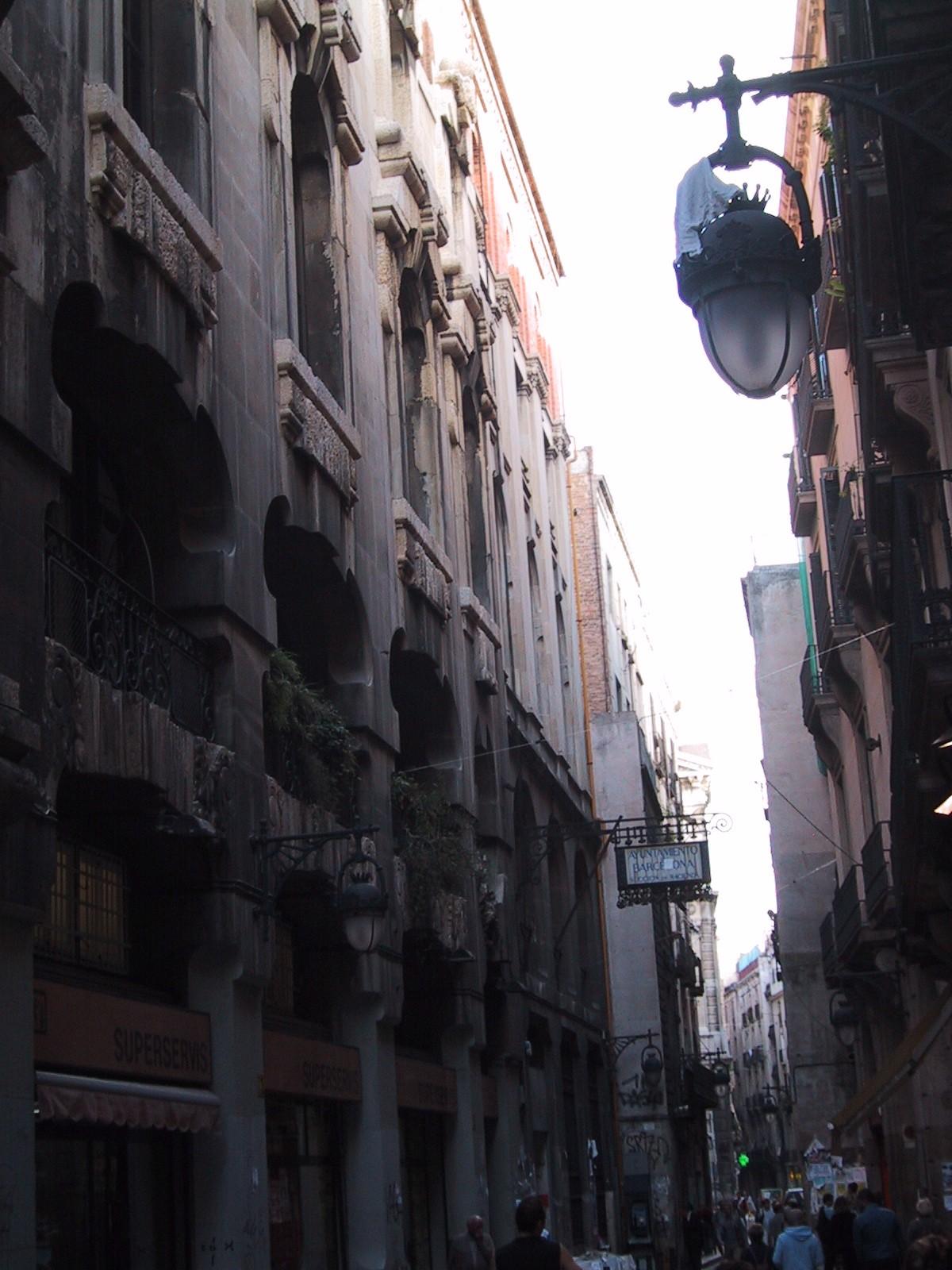 architecture exteriors cityscape street barcalona spain crowd