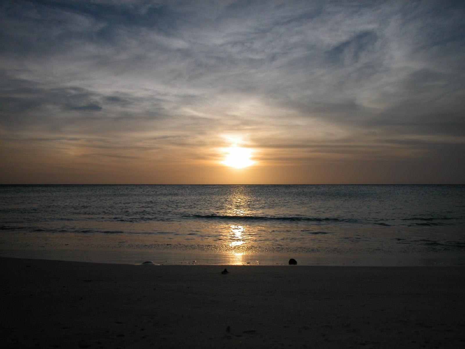 paisagens da natureza, mar, água, praia, amanhecer