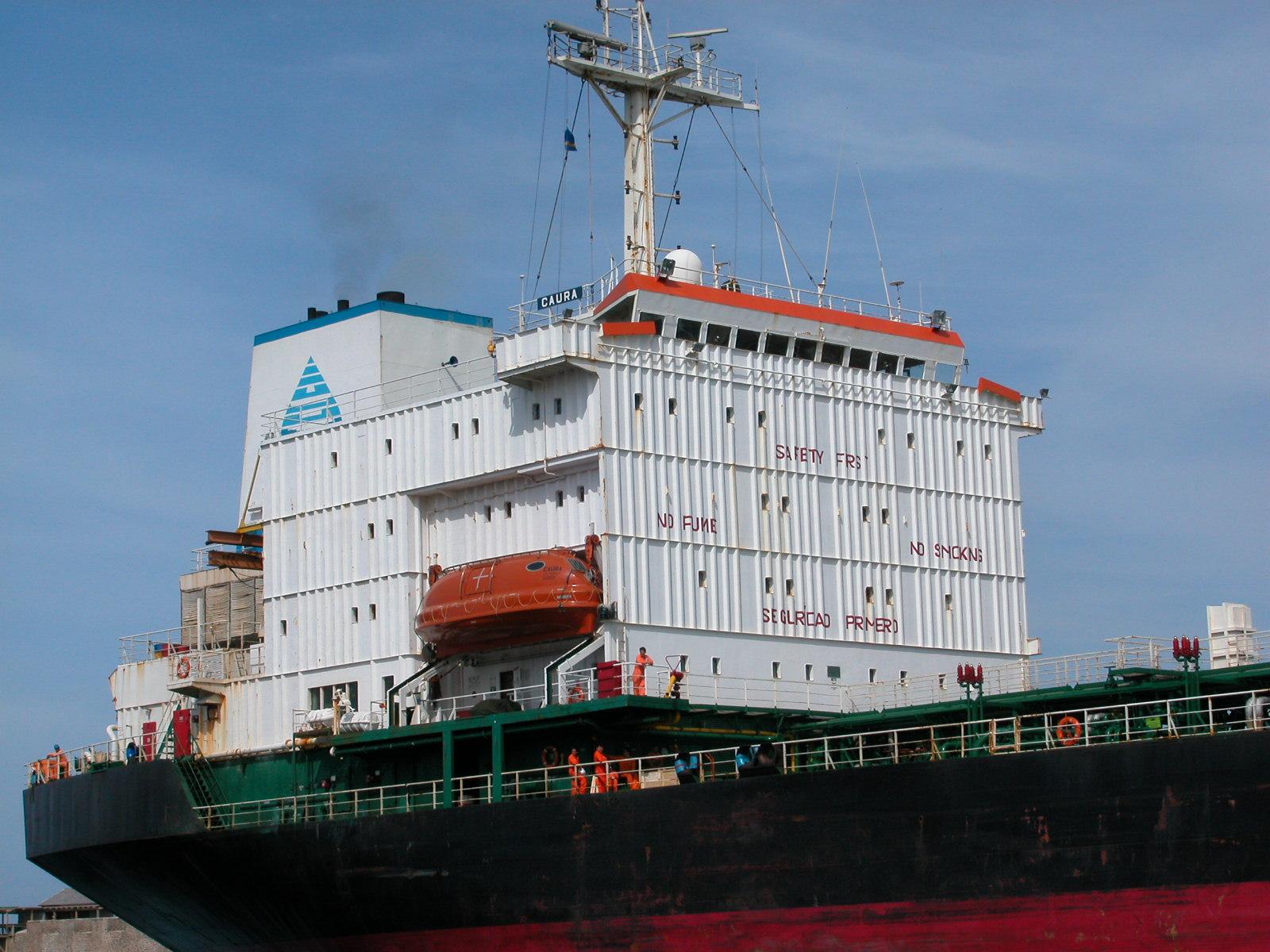 jacco ship freight freighter huge big naval no skoming white black