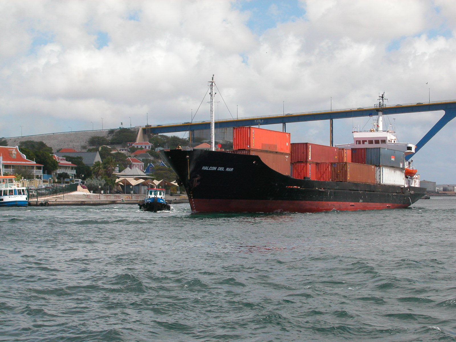 jacco water port harbor harbour ship freight tanker malcon del mar transport transporting
